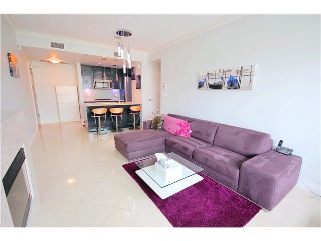 # 401 172 VICTORY SHIP WY - Lower Lonsdale Apartment/Condo for sale, 1 Bedroom (V1121631) #3