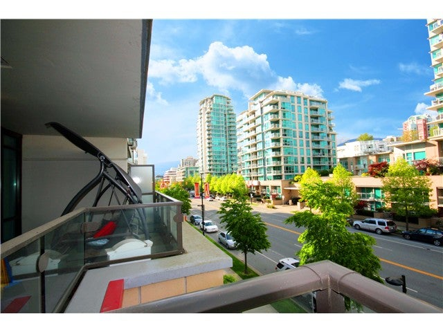# 401 172 VICTORY SHIP WY - Lower Lonsdale Apartment/Condo for sale, 1 Bedroom (V1121631) #6
