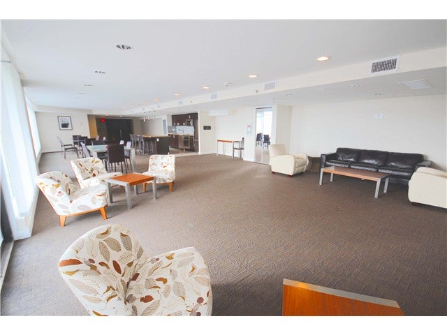 # 401 172 VICTORY SHIP WY - Lower Lonsdale Apartment/Condo for sale, 1 Bedroom (V1121631) #8